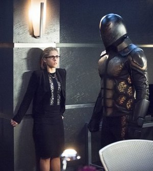 "Emily Bett Rickards as Felicity Smoak in ""Beacon of Hope"""