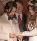 Pictured: (l-r) Milo Ventimiglia as Jack Pearson, Mandy Moore as Rebecca Pearson -- (Photo by: Ron Batzdorff/NBC)