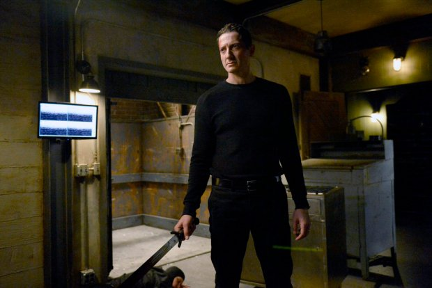 "GRIMM -- ""Fugitive"" Episode 601 -- Pictured: Sasha Roiz as Captain Sean Renard -- (Photo by: Allyson Riggs/NBC)"