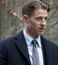 "GOTHAM: Ben McKenzie in the ""Mad City: Ghosts"" episode of GOTHAM 