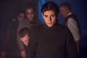 "GOTHAM: David Mazouz in the ""Mad City: The Gentle Art of Making Enemies"" winter finale episode of GOTHAM | Cr: Jeff Neumann/FOX."