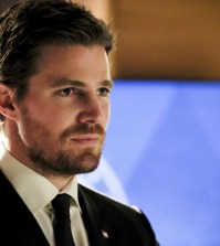 """Arrow -- """"Disbanded"""" -- Pictured: Stephen Amell as Oliver Queen -- Photo: Bettina Strauss/The CW"""