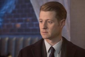 "GOTHAM: Ben McKenzie in the ""Heroes Rise: The Primal Riddle"" episode of GOTHAM Cr: Jessica Miglio/FOX"