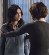 """Supergirl -- """"Alex"""" Pictured (L-R): Floriana Lima as Maggie Sawyer and Chyler Leigh as Alex Danvers -- Photo: Dean Buscher/The CW"""