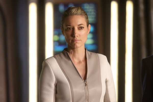 "DARK MATTER -- ""Being Better Is So Much Harder"" Episode 301 -- Pictured: Zoie Palmer as The Android -- (Photo by: Stephen Scott/Dark Matter Series 3/Syfy)"