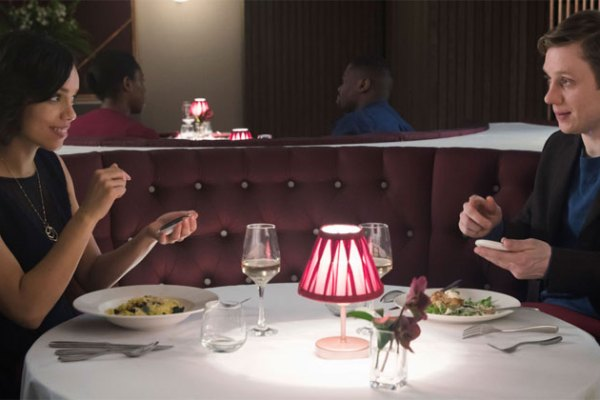 Frank and Amy at dinner in Black Mirror