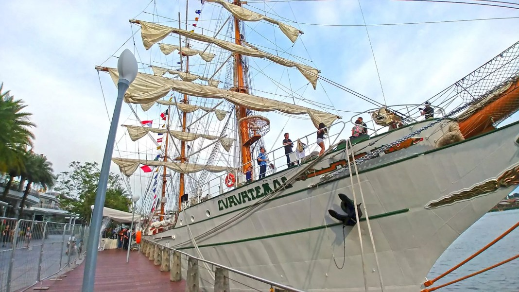 ARM Cuauhtémoc in Singapore.