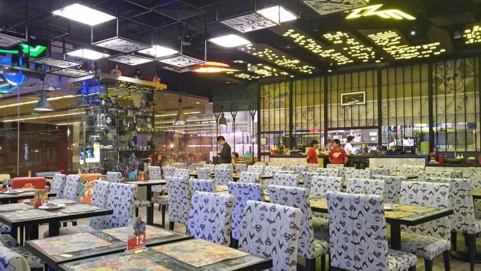 DC Super Heroes Cafe Takashimaya Interior