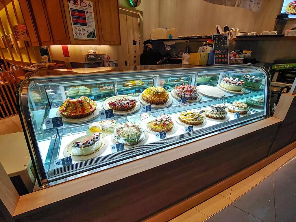 Kagurazaka Saryo Vivocity Dessert and Cakes