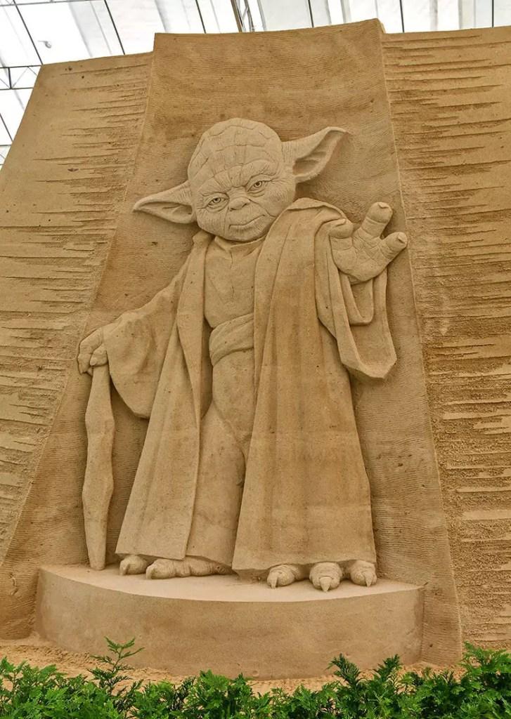 Master Yoda   Sentosa Sandsation STAR WARS Edition