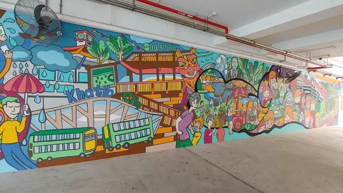 Yishun Block 813 mural.