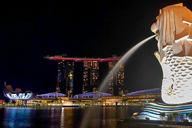 MBS and Merlion #sgunited illumination.
