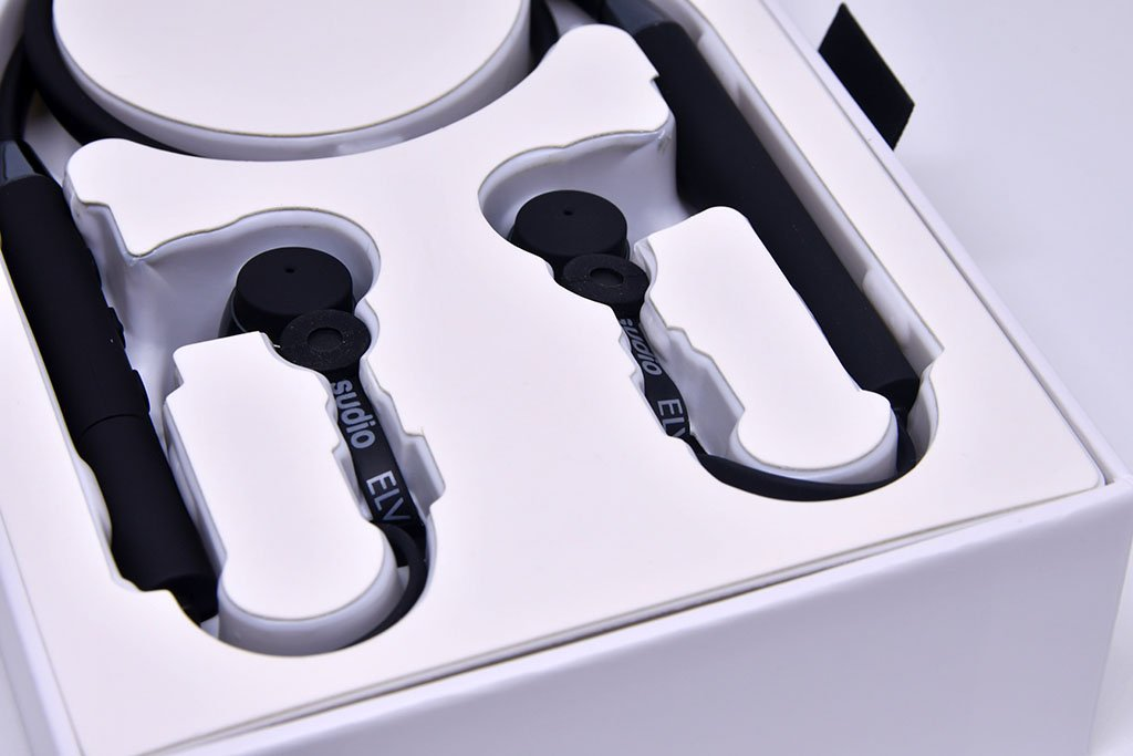 Swedish In-Ear Earphones with Active Noise Cancelling.