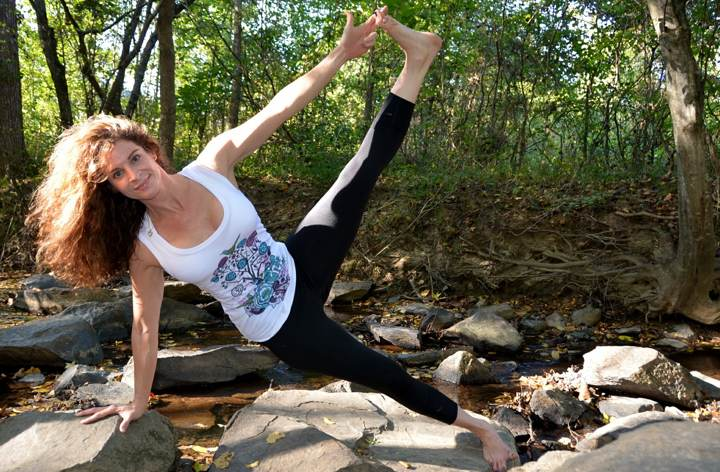 Come scrivere un libro di auto-aiuto: yoga nel bosco