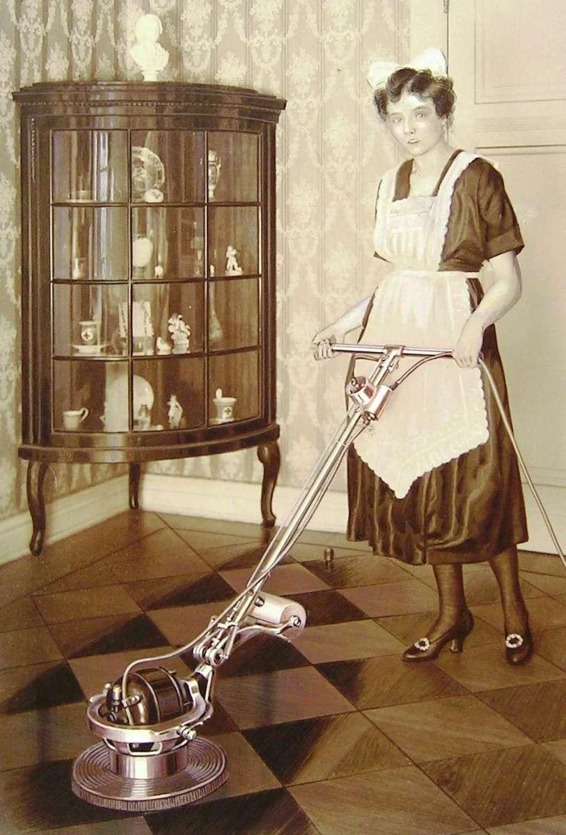 The History of Floor Machines