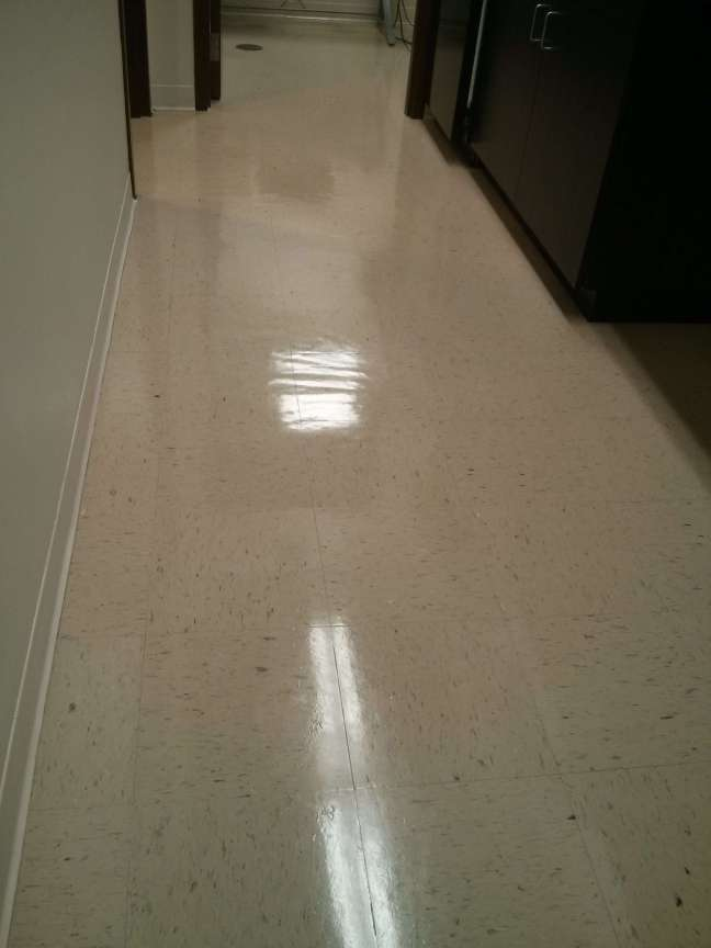 VCT Tile Cleaning and Clear Coat Finish Services Minneapolis