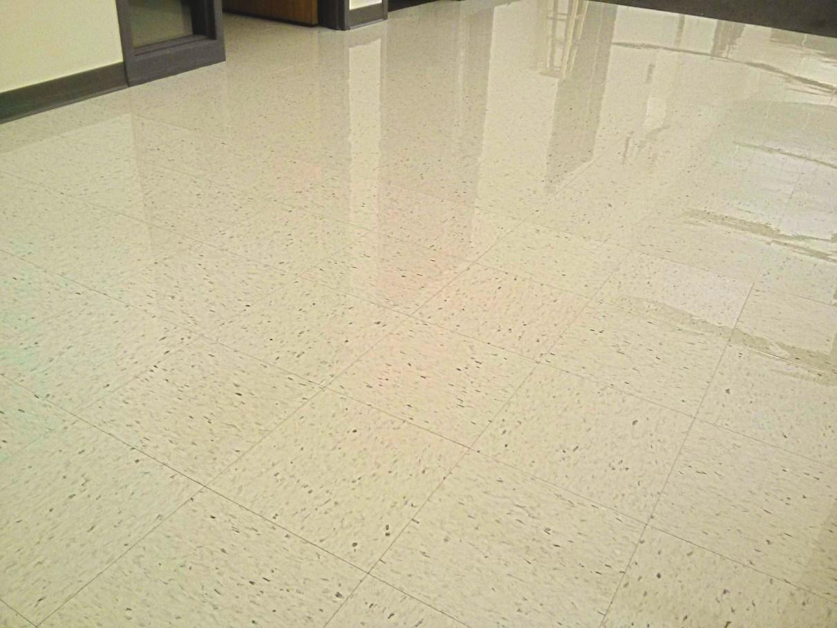 Minneapolis Floor Finish Service