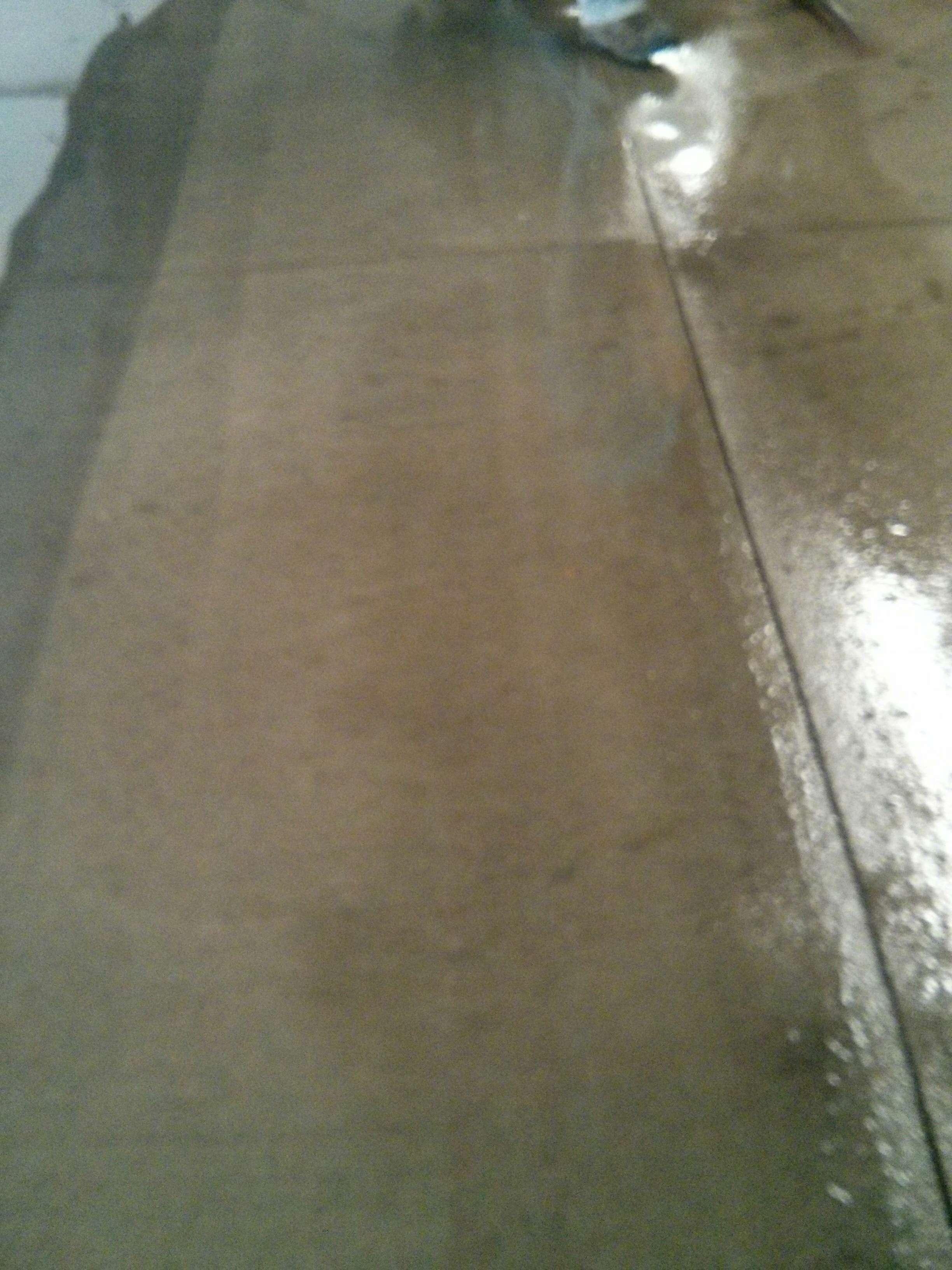 Scrub n Shine uses NEW high pressure surface cleaning equipment