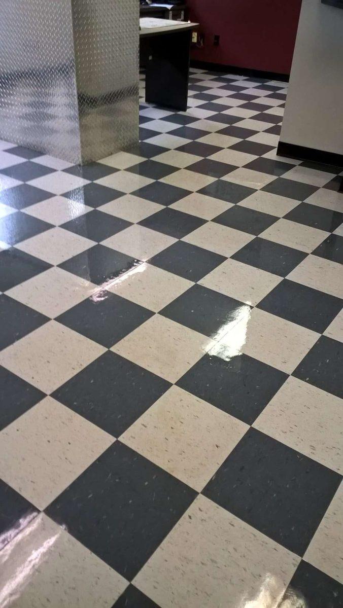 Deep Clean Vinyl Floor Service Yields Shiny Vinyl Floor in Chanhassen, MN