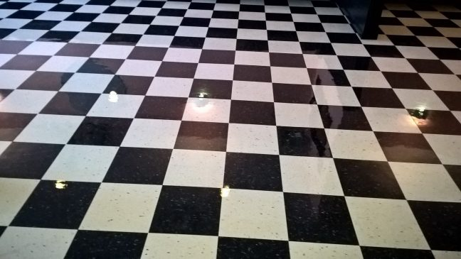 Minneapolis Restaurant VCT Floor High Gloss Clear Coating