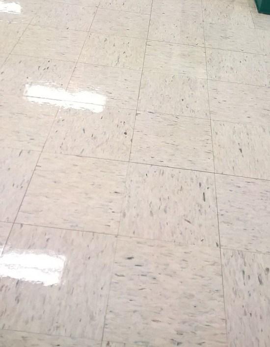 Minneapolis Floor Clear Coat Services