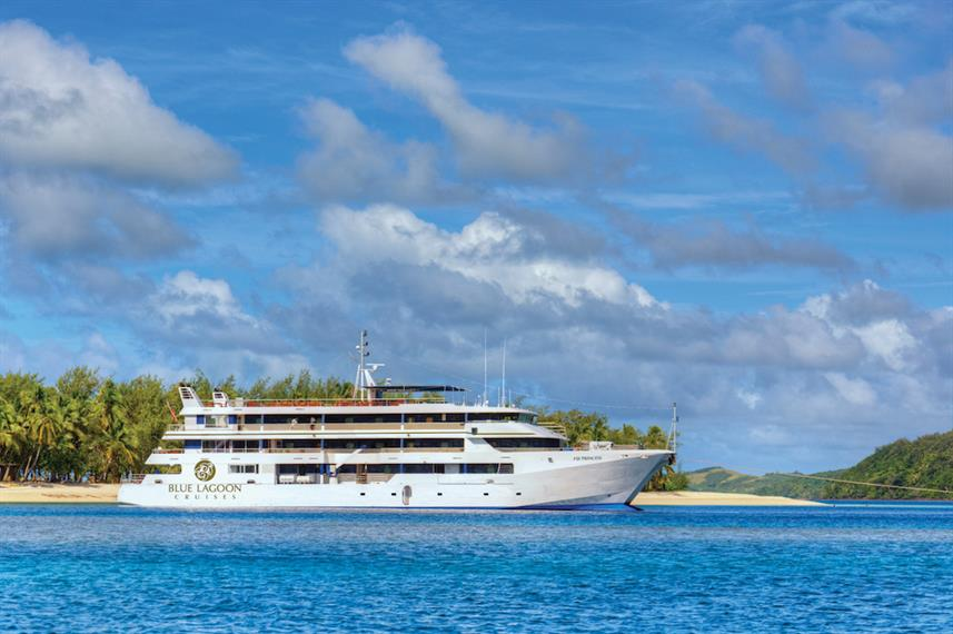 The Fiji Princess liveaboard dive boat - rated 9.2 out of 10 and superb, with 4.5 stars out of 5