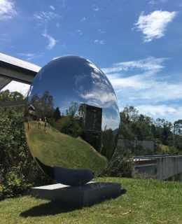 Sculptura-Reflection