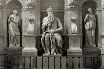 Sculptura Top 100 historical sculptures - 1. Michelangelo-Moses - Sculptura
