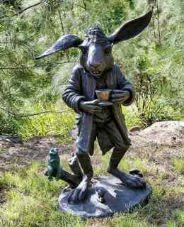 The-March-Hare-sculpture - -the-Wonderland-Collection-by-Sculptura-main