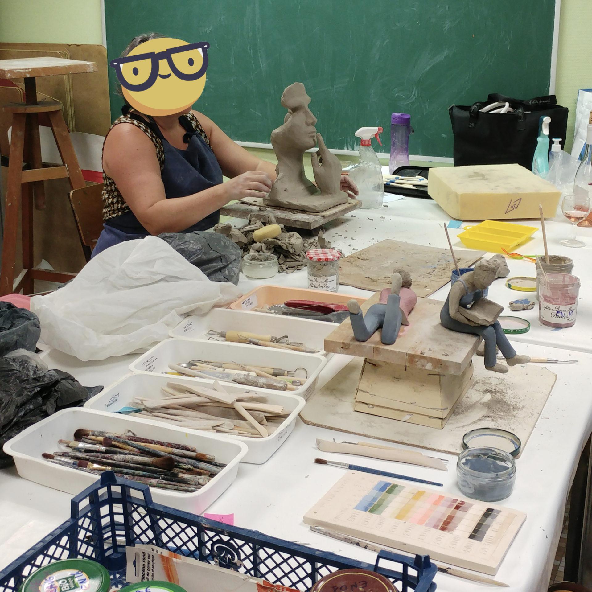 atelier de sculpture et modelage argile adultes