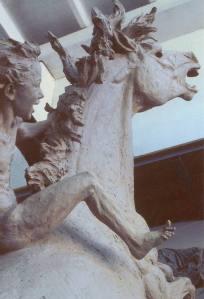 La forza dell'entusiasmo verso il futuro in creazione c cod'144 cm.350-2003_monumenti-in-bronzo-statue-sculture-per-giardino-statua cavallo animali-1