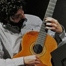 Francesco Di Giuseppe: orchestra di chitarre