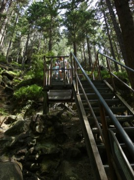 Výstup na vyhlídku Střmen v Teplických skalách