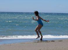 První kontakt s mořem a spontánní tanec