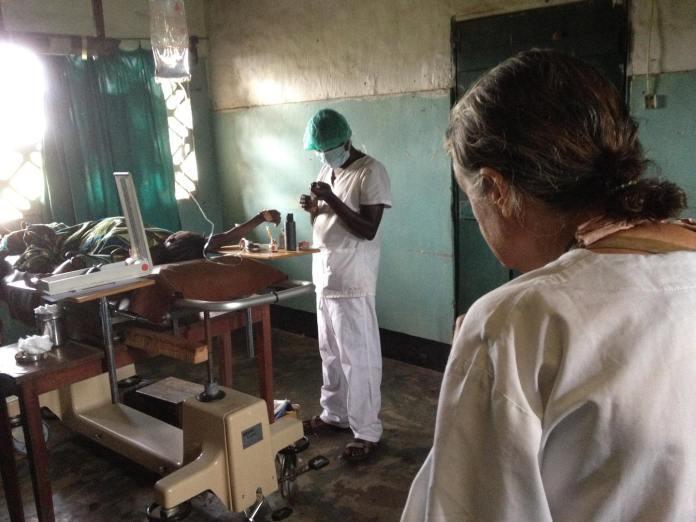 Chiara Castellani, medico in missione a Kimbau nella Repubblica Democratica del Congo