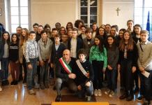 """""""Eletto il nuovo Consiglio Comunale dei Ragazzi"""" di Borgomanero insediato oggi 16 dicembre"""