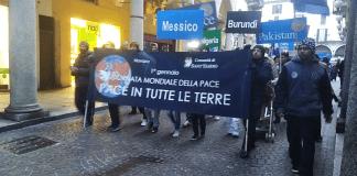 Un momento della marcia della Pace a Novara nel 2018