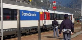 Agenti della Polfer alla stazione di Domodossola
