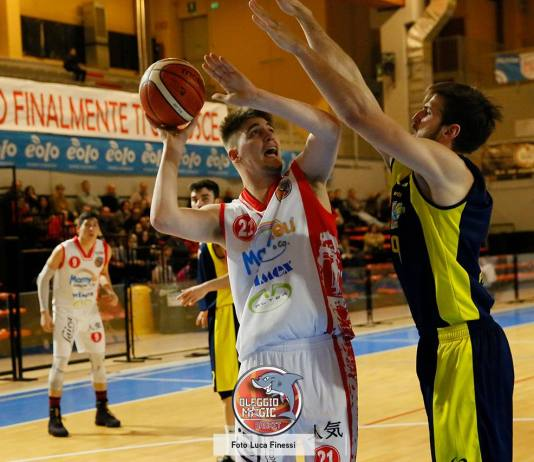Oleggio Magic Basket sconfitto a Cecina