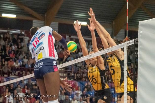 Igor Volley Novara in finale di Champions: superata al golden set Vikifbank Istanbul