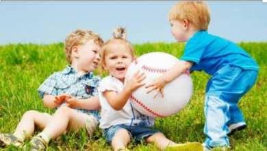 صورة طرق علاج الأنانية عند الأطفال