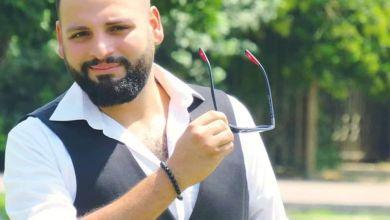 """صورة الإعلامي باسل حاجولي""""أحضر لبرنامجي الجديد وهذا سبب سفري ..وشخصية الرئيس الدكتور بشار الأسد ملهمة لي وأتمنى مقابلة هؤلاء؟"""