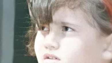 صورة طفلة تبحث عن أهلها