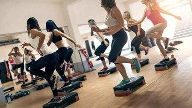 صورة خطورة إهمال الرياضة النسائية