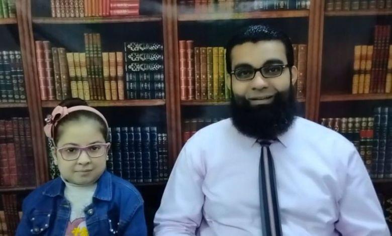 """وفاة الفيلسوفة الصغيرة """"ملك محمود """" ضيفة برنامج حوار مع أبي"""