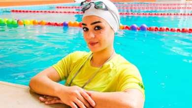 """صورة سمر الخولي""""المرأة الوحيدة في الشرق الأوسط في مجال سباحة الرضع"""