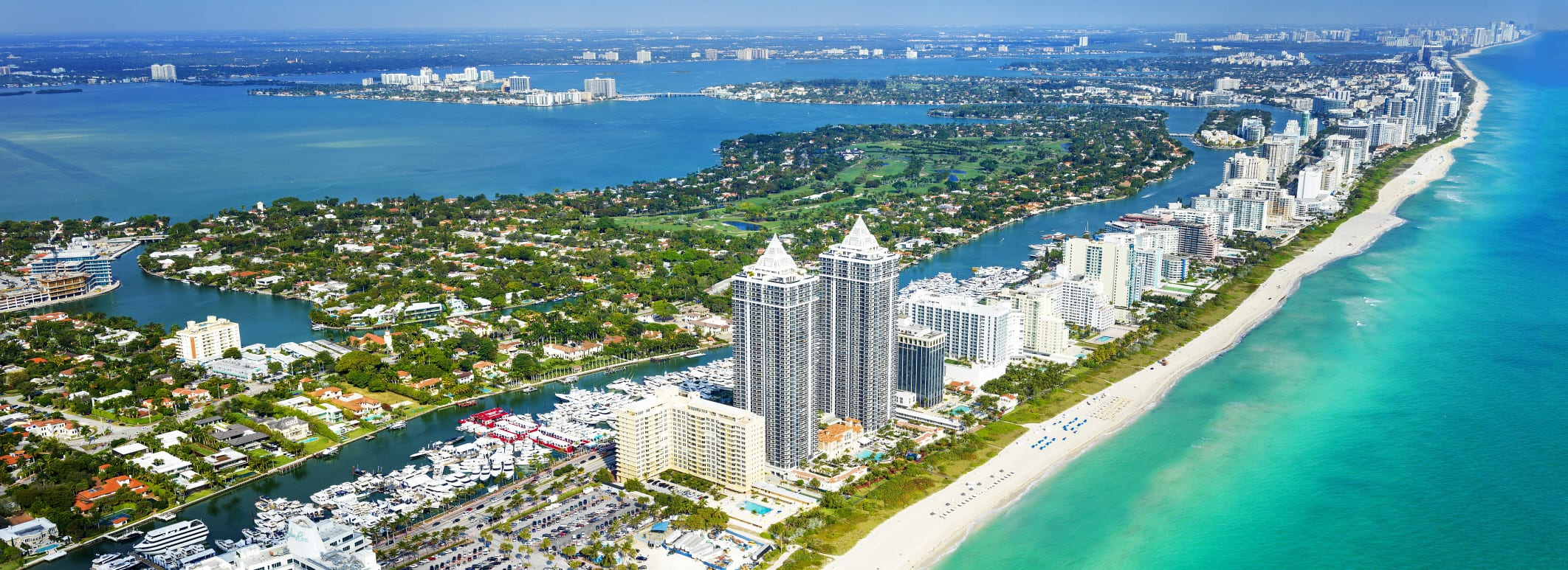 Reabren playa en Florida, EEUU supera los 700,000 contagios y Trump alienta protestas contra tres gobernadores