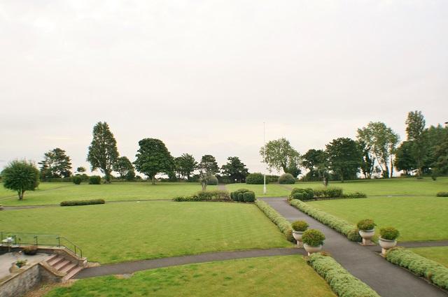 Headlands, Hayes Road, Sully, CF64 5QH