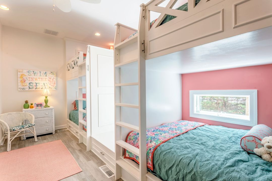 Addition in Juniper Court, Ocean Pines MD - Kids Bedroom with Cozy Bunk Beds and Vintage Furniture