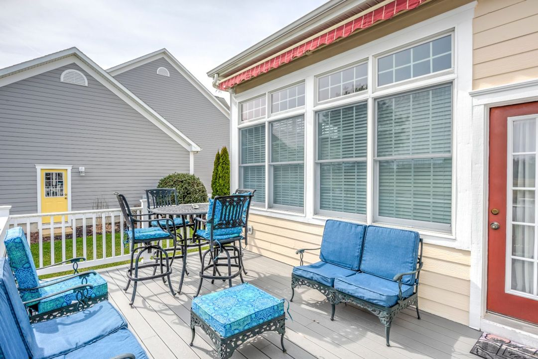 October Glory Exterior in Ocean View DE - Lower Deck with Retractable Awning Cover